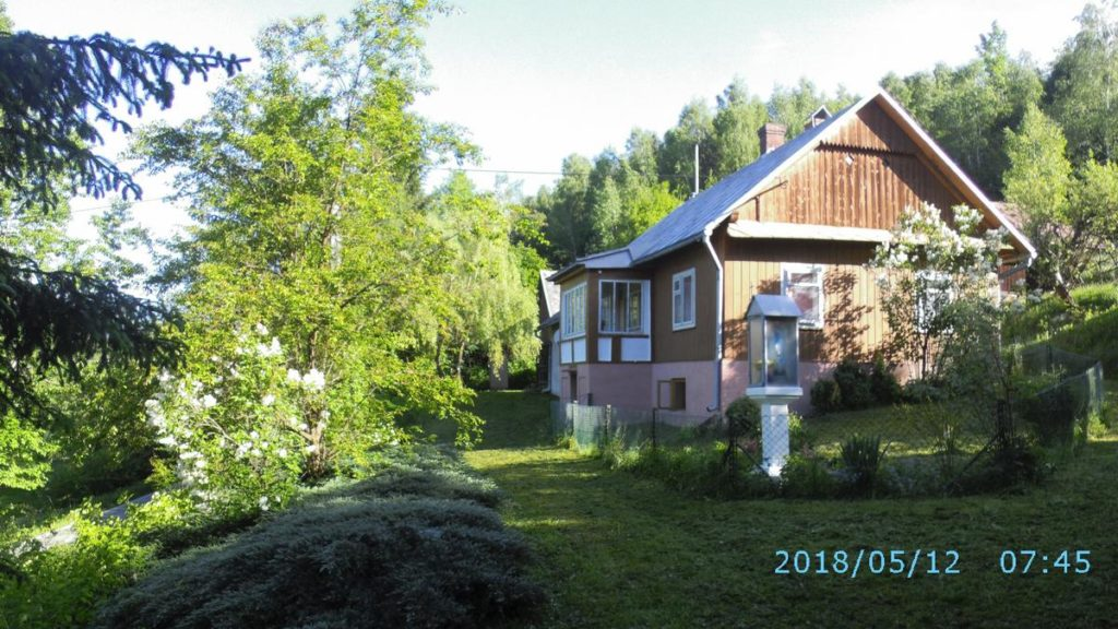 Dom drewniany Izdebki k/Brzozowa