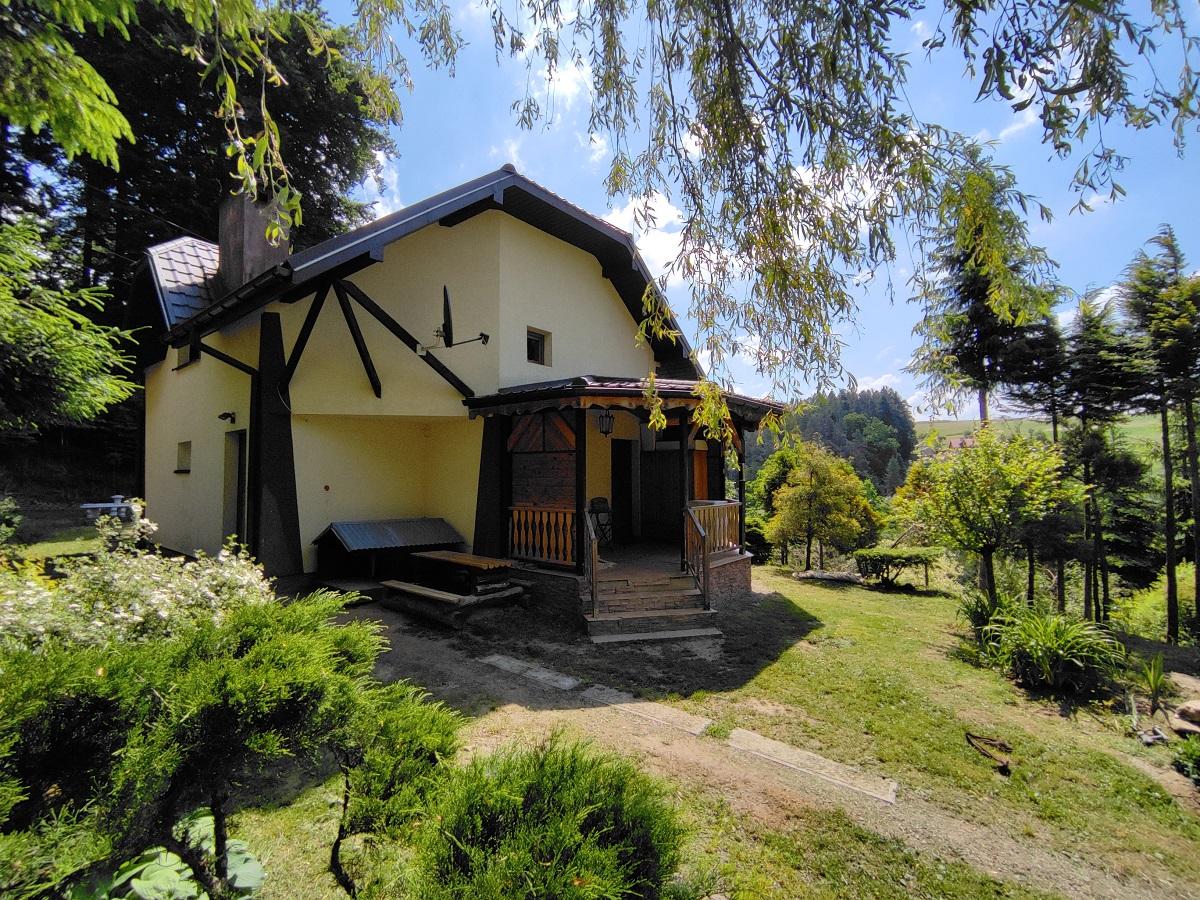 Dom z potencjałem pod agroturystykę – ZAGÓRZ